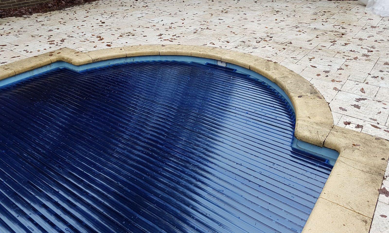 Arjan Brok tuin- en zwembadinrichting helpt en ondersteunt u graag bij het herstellen van uw zwembad door middel van zwembadrenovatie.