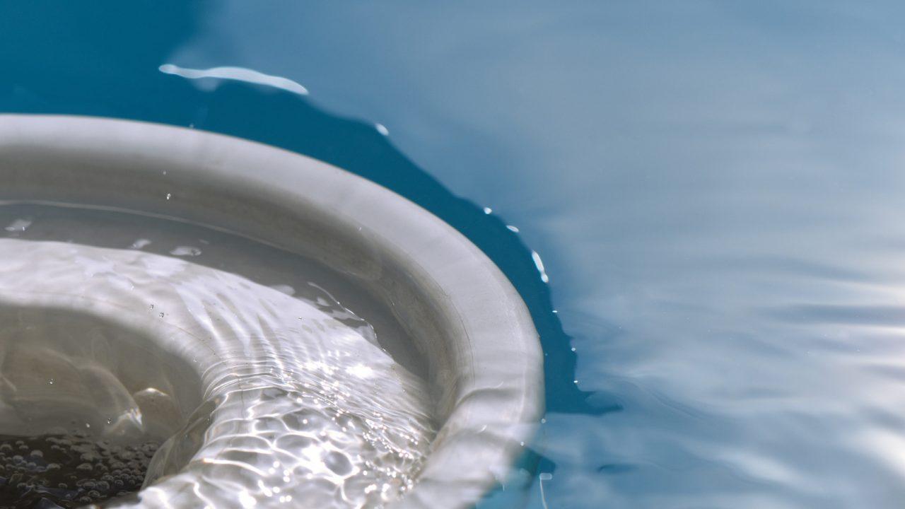 voorjaarsschoonmaak van jouw zwembad